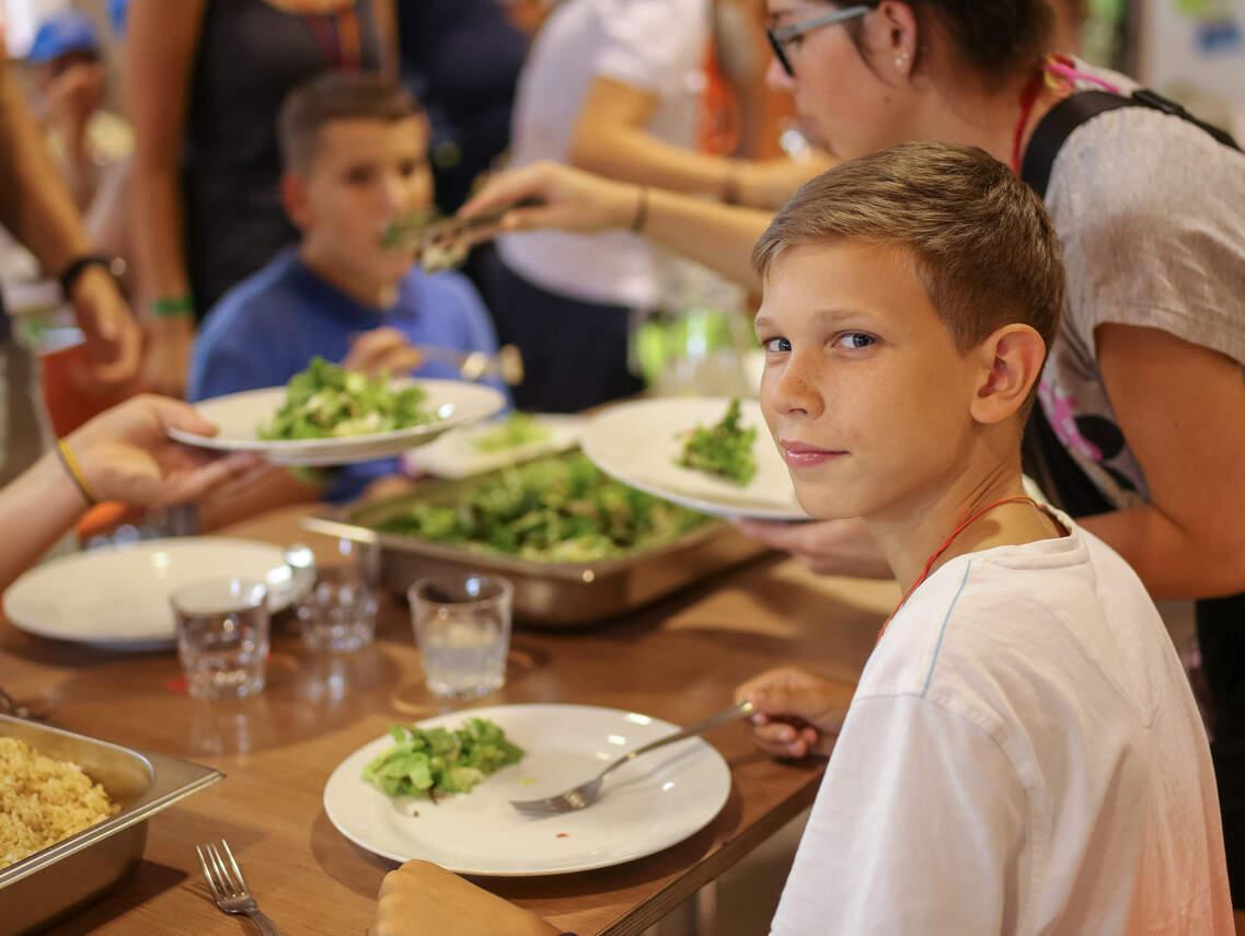 Friss salátával még az ebéd is finomabb!